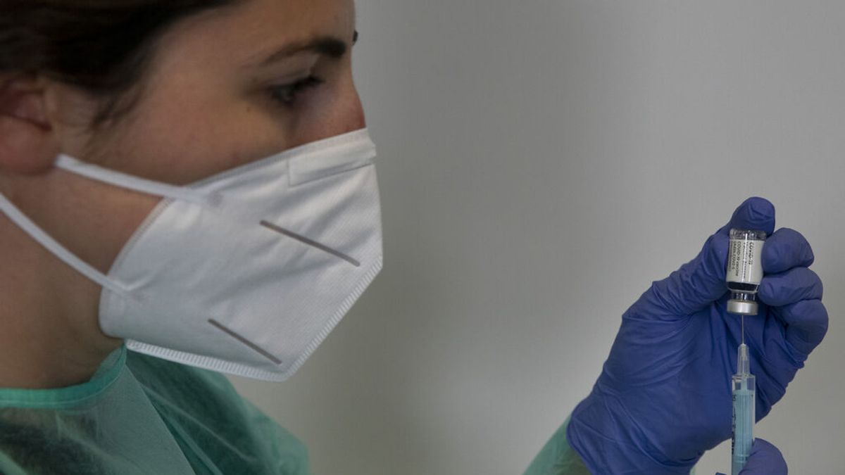 España alcanza el podio de los países con mayor porcentaje de personas vacunadas con la pauta completa