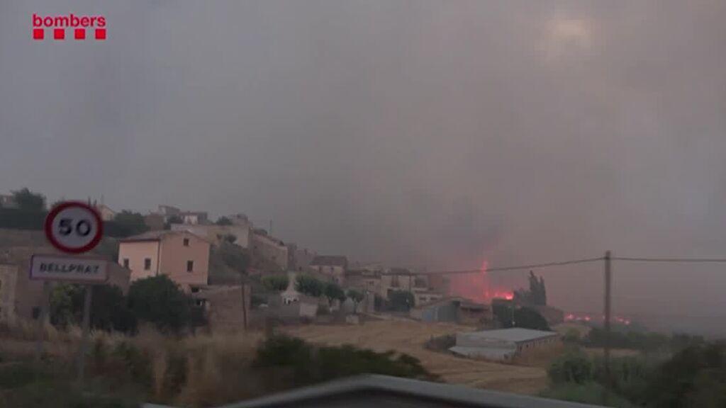 Avanza sin control el incendio de Santa Coloma de Queralt (Tarragona)