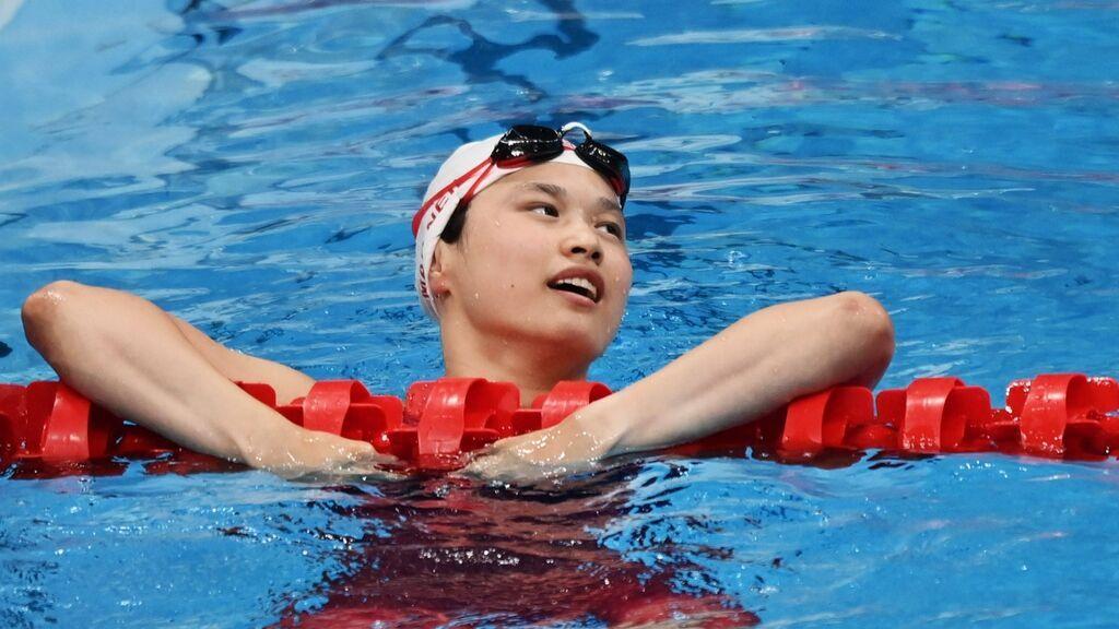 Maggie MacNeil, la canadiense nacida en China y oro olímpico que desata la polémica por la política del hijo único