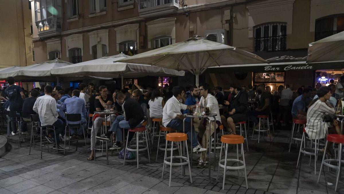 Cantabria cierra el interior de la hostelería en Santander y otros 18 municipios