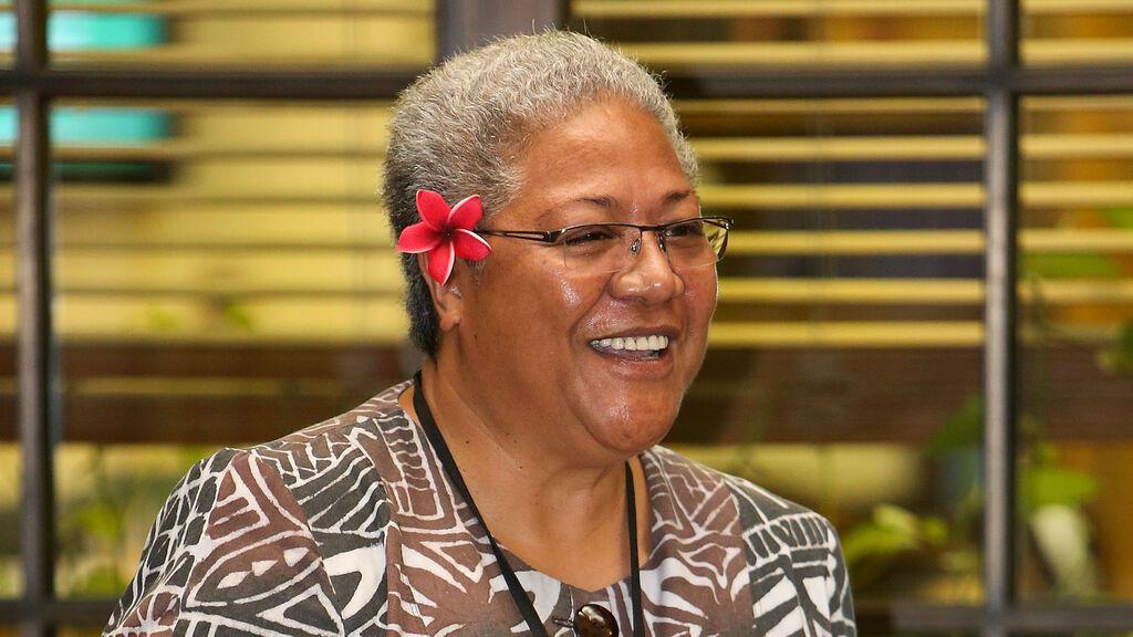 """Naomi Mata'afa, la primera mujer jefa de Gobierno de Samoa que derrotó al """"elegido de Dios"""""""