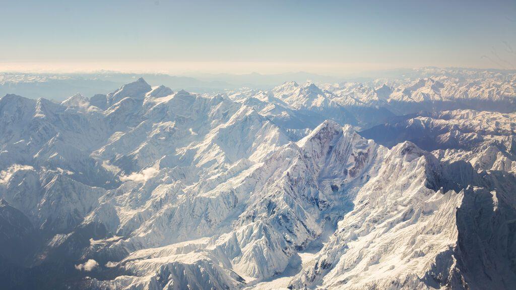 Virus de hace 15.000 años descubiertos en el hielo de un glaciar tibetano