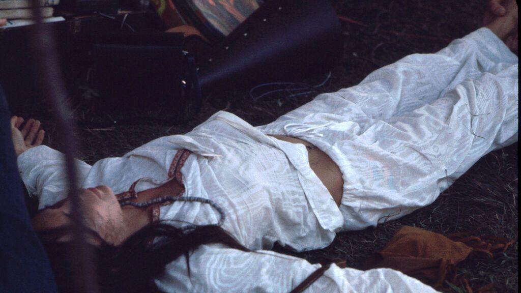 Mujer en sesión de Kundalini