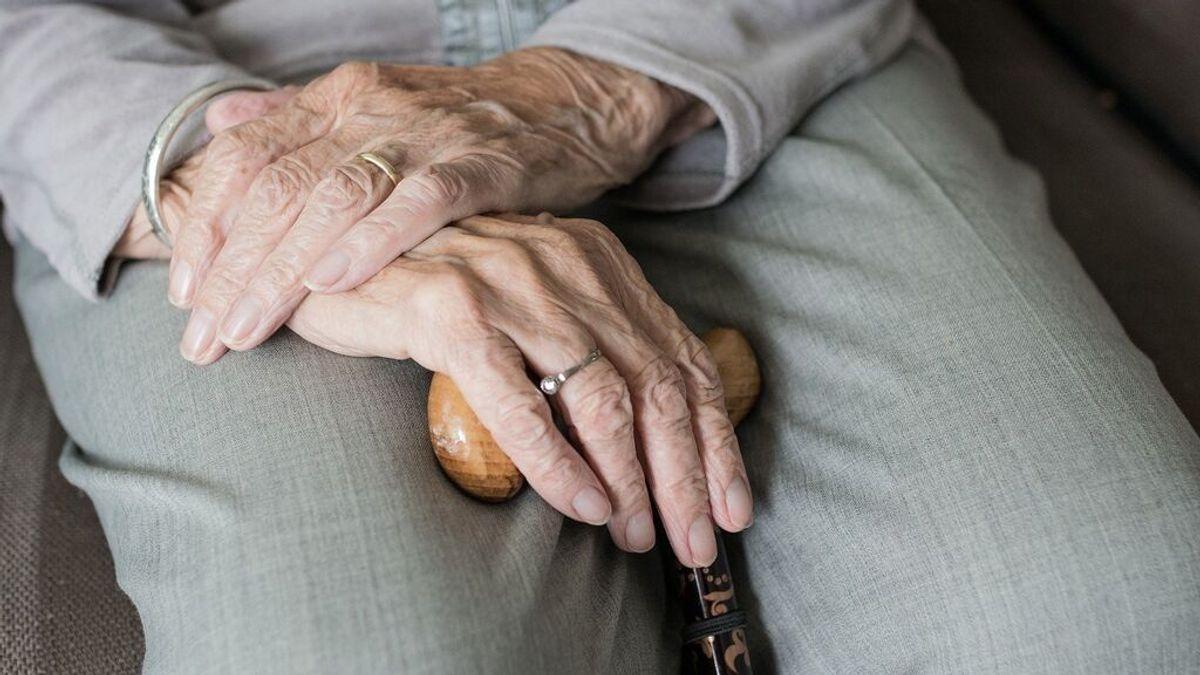 ¿Y si fuera posible recuperar la memoria en la vejez? Un estudio apunta la forma de conseguirlo