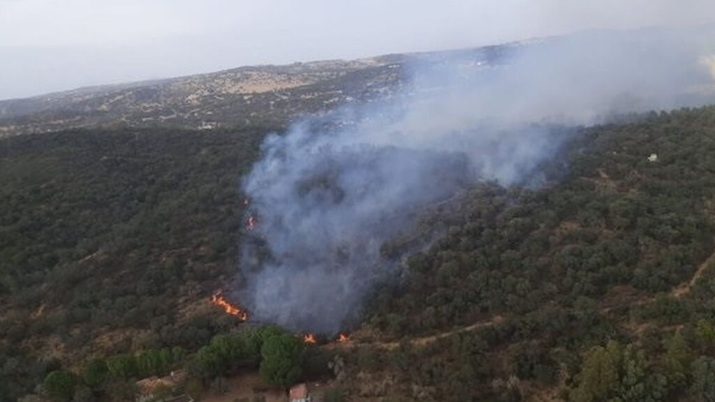 Desalojan varias casas en El Ronquillo (Sevilla) por un incendio