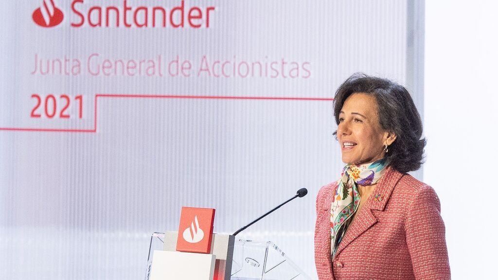 El banco Santander gana 3.675 millones hasta junio frente a las pérdidas de 10.800 millones del año pasado