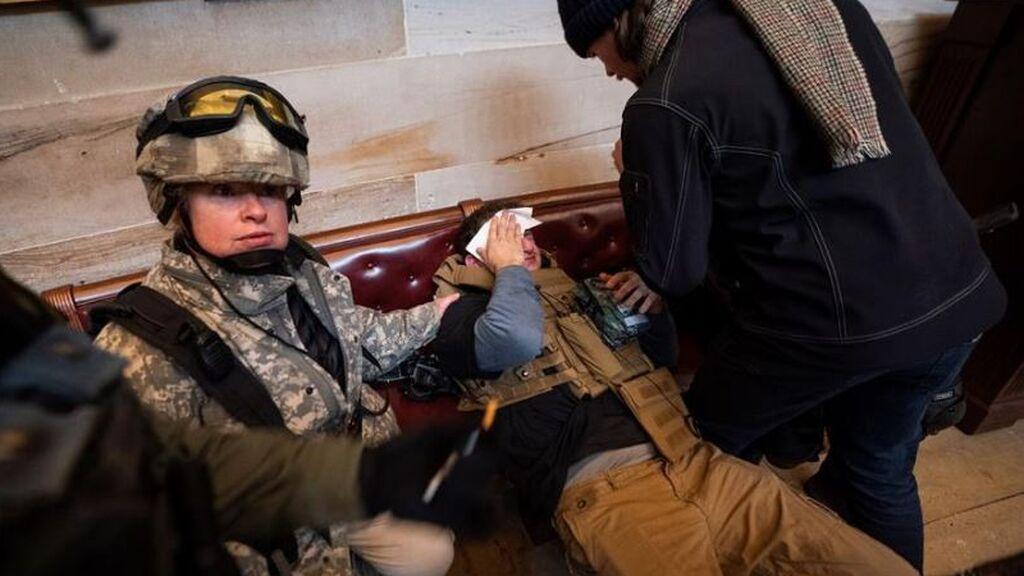 Comienza la investigación sobre el asalto al Congreso de EEUU con testimonios aterradores de los policías