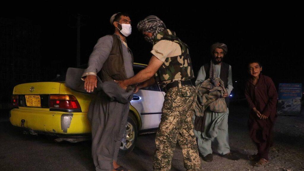 """""""Afganistán se convertirá en un Estado paria si los talibanes toman el poder"""", advierte EE.UU."""