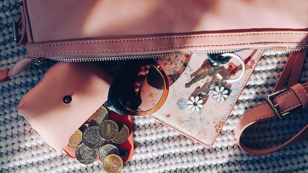 Una mujer llevó durante un mes 33 millones de euros en su bolso sin saberlo tras ganar la lotería