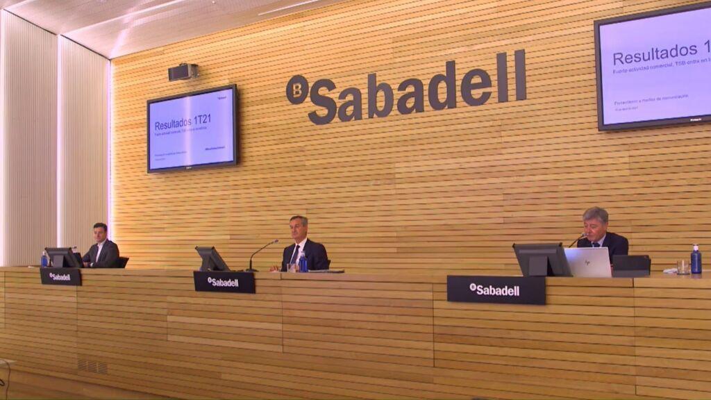 Banco Sabadell registra un beneficio neto de 220 millones hasta junio, un 51,5% más
