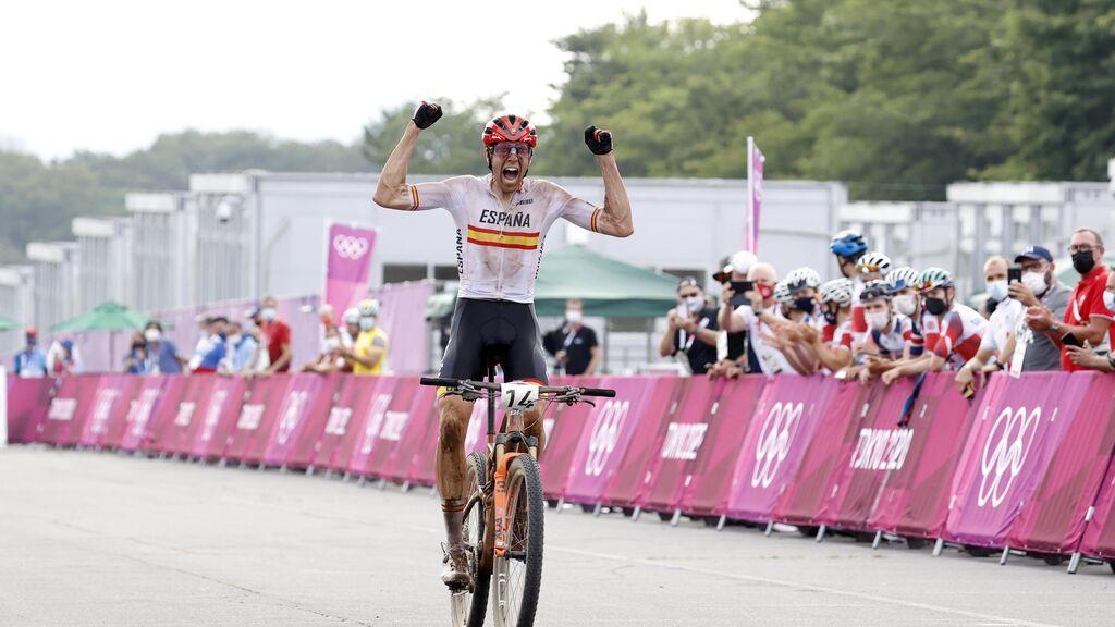 Baza preparada para recibir por todo lo alto a David Valero, medalla de bronce en Mountain Bike en Tokio