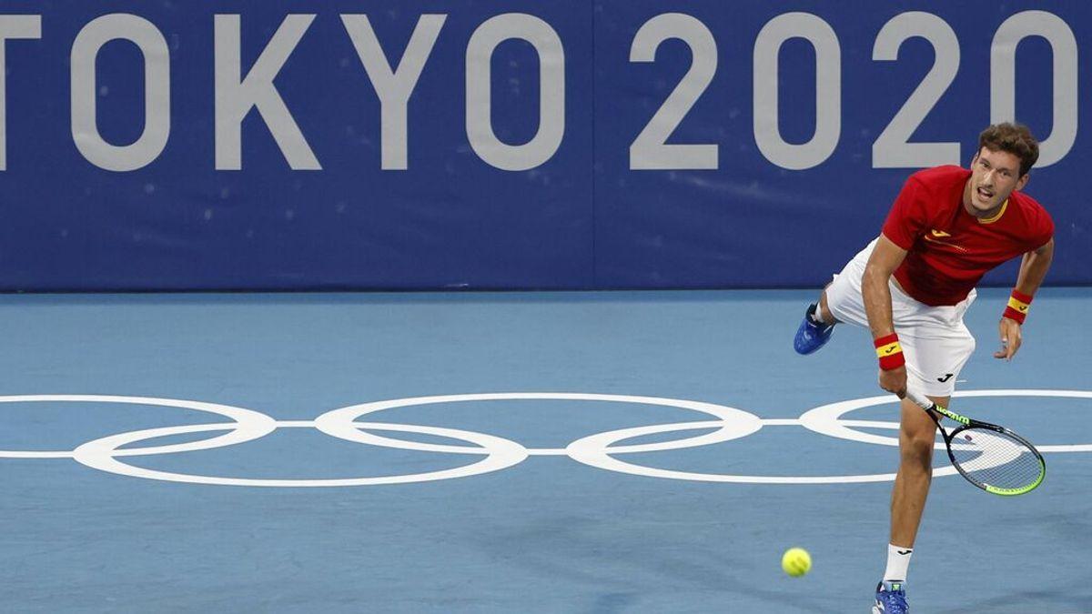 Pablo Carreño vence a Medvedev, y al calor, y luchará por las medallas en Tokio (6-2, 6-5)