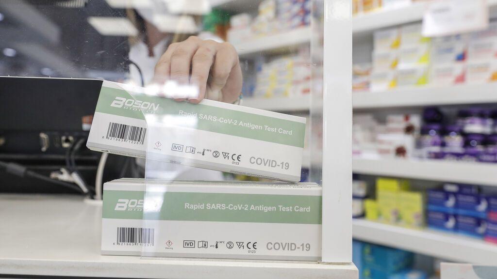 Agotados los test de antígenos en las farmacias sevillanas: 10.000 test vendidos en una semana