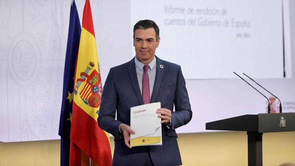 Pedro Sánchez hace balance del curso político y saca pecho por el éxito en la vacunación contra el covid