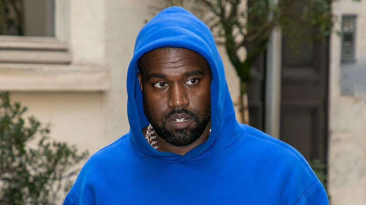 Kanye West se autoaísla hasta que termine su último disco: duerme en solo en un cuarto sin ventana