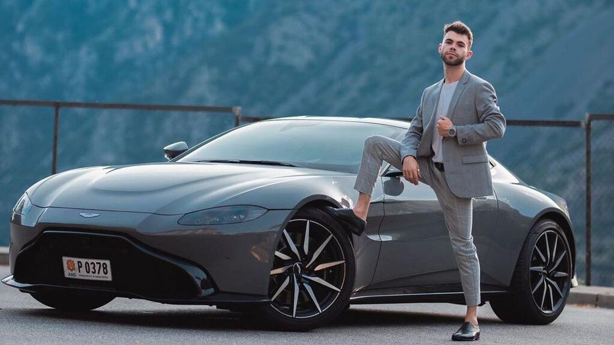 El youtuber español Salva Verdugo sufre un accidente de tráfico y estrella su coche de lujo pocos días después de comprarlo