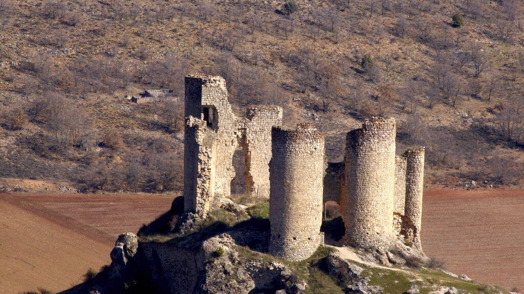 Ruinas del Castillo de Pelegrina.