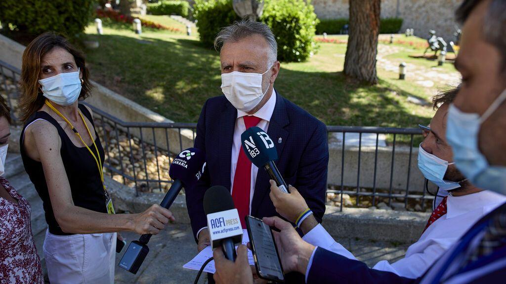 Canarias extiende al 31 de agosto el límite de personas en reuniones y pide aclaraciones al TSJC