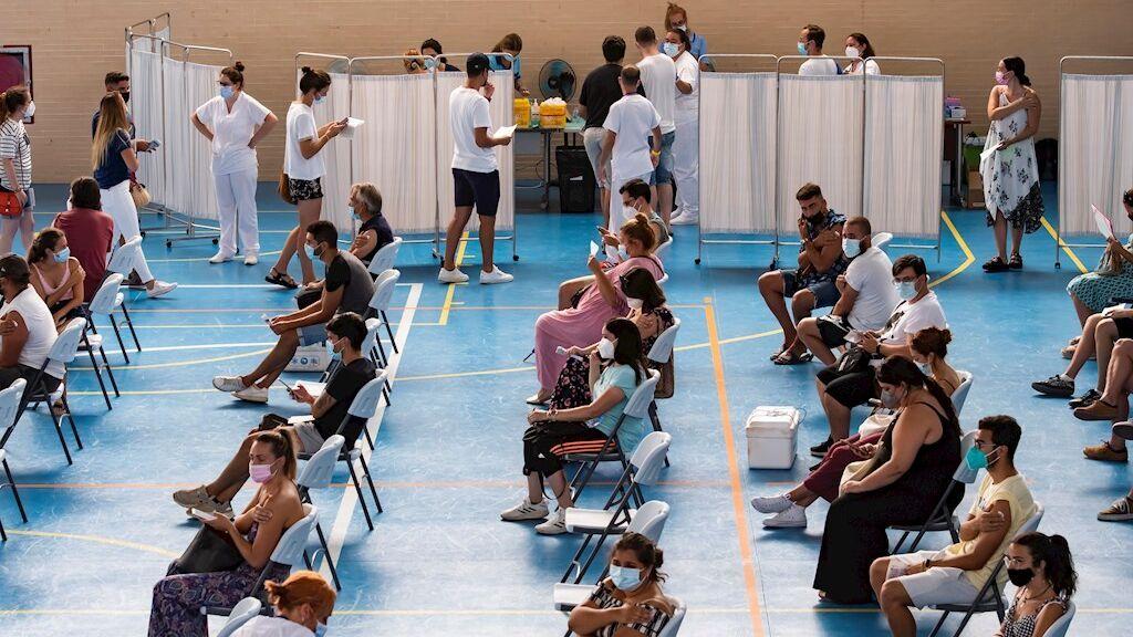 Últimas noticias del coronavirus en España   Frenazo al crecimiento de contagios pero sigue la subida de hospitalizados