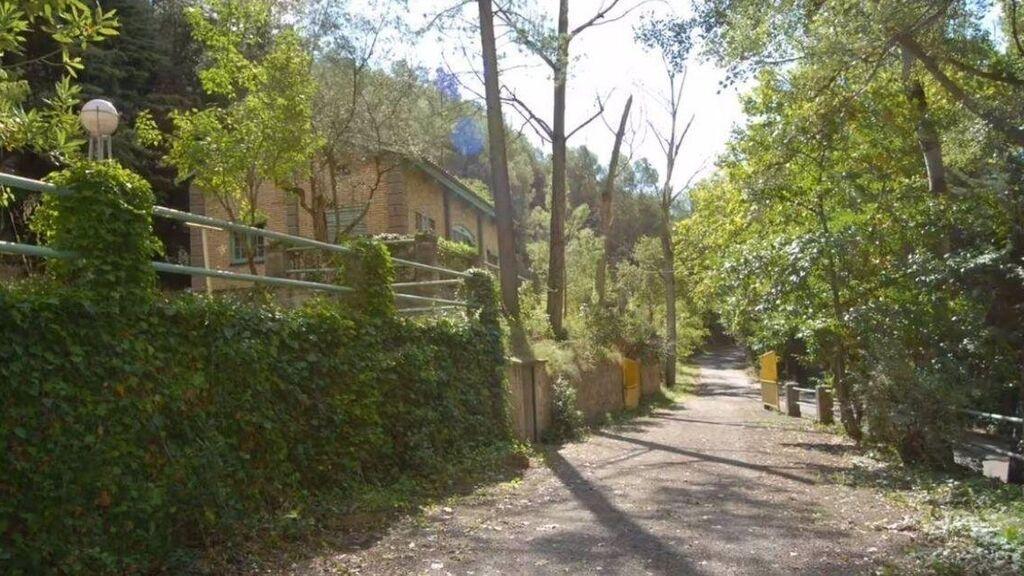 Un poblado rural de antigua construcción en Lleida se vende por 990.000 euros