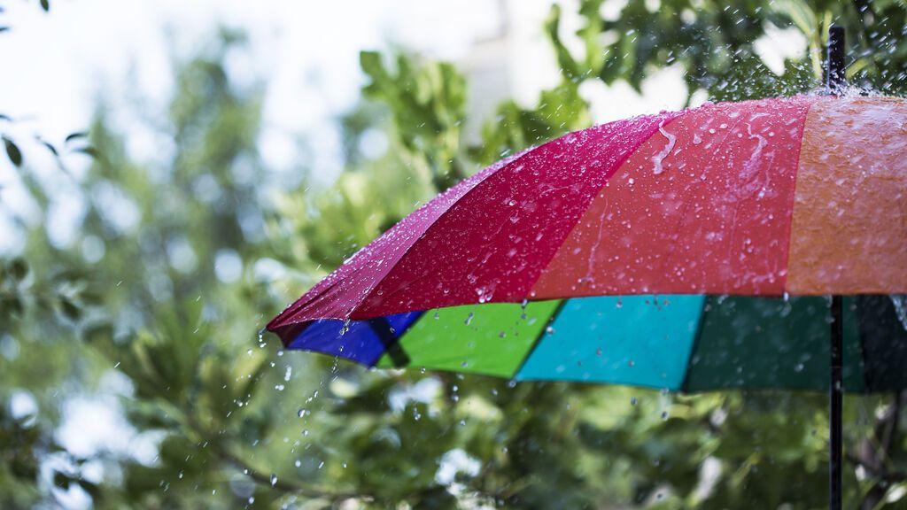 ¡Se avecina un temporal de lluvias y viento! El tiempo que hará el lunes en España