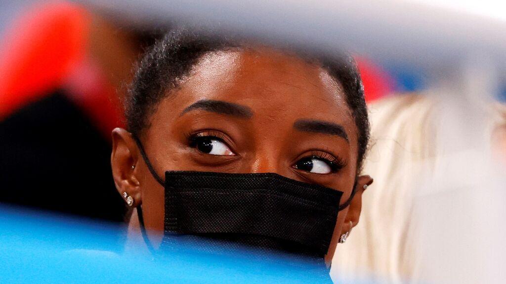 Simone Biles se baja también de las finales de salto y barras para centrarse en su salud mental