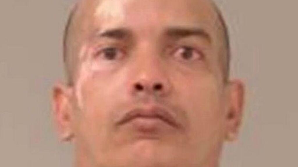 Un hombre de 42 años decapita a su novia a plena luz del día en mitad de una calle