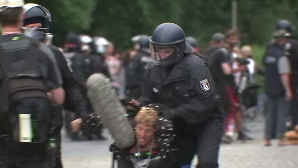 500 detenidos en una manifestación contra las restricciones anticovid en Berlín