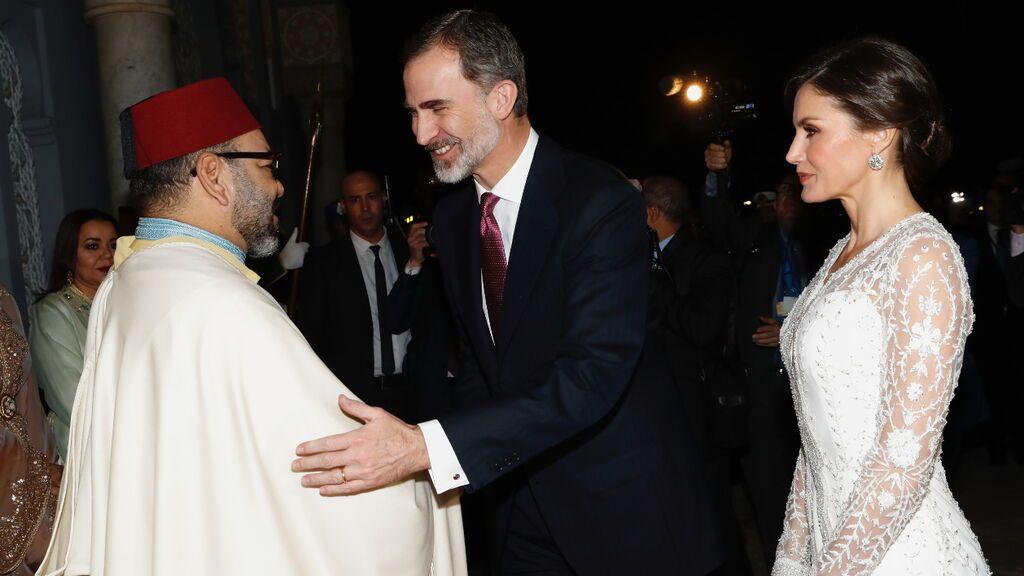 """Felipe VI felicita a Mohamed VI por sus más de dos décadas en el trono y subraya la """"profunda amistad"""""""