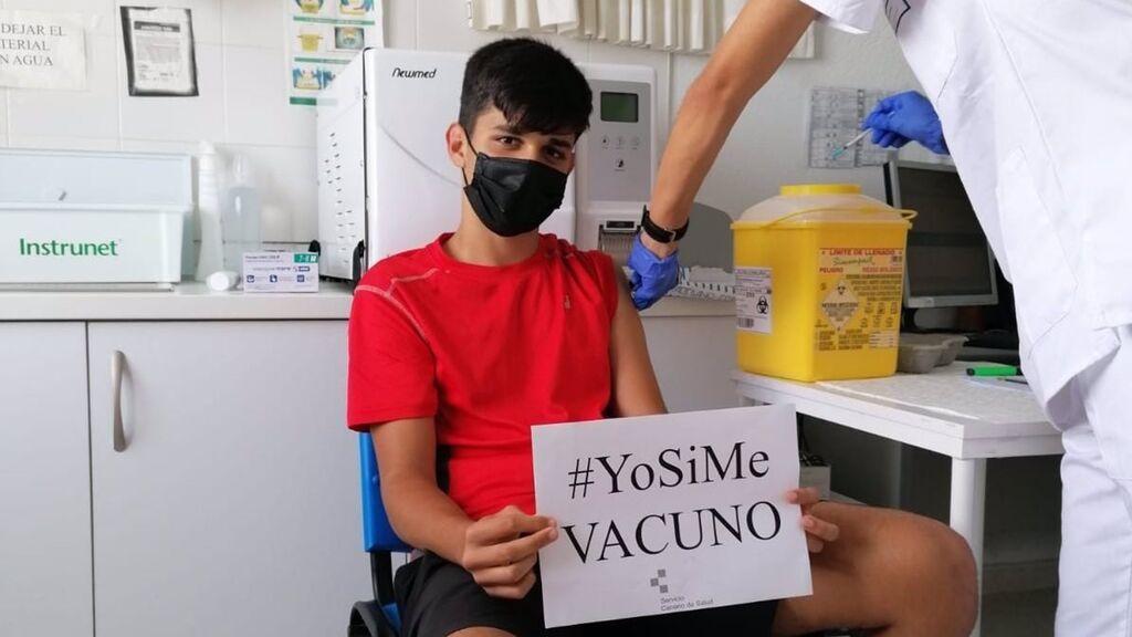 Canarias abre la vacunación sin cita previa a los mayores de 12 años en todas las islas