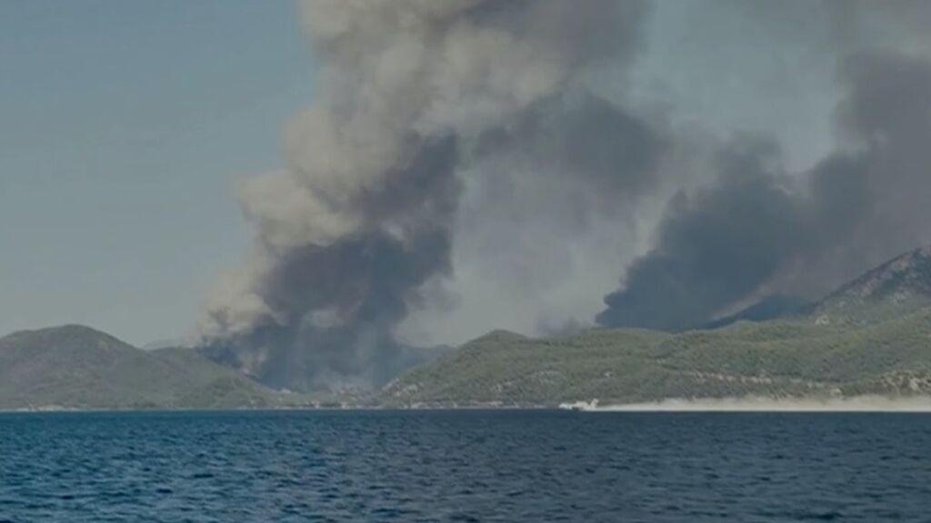 La ola de calor que golpea el Mediterráneo Oriental con incendios en Grecia, Turquía y Sicilia