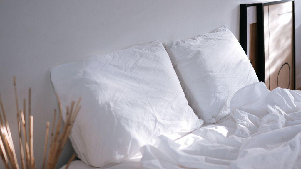 Cómo lavar las almohadas en la lavadora