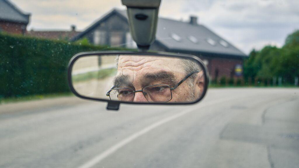 ¿Cuál es la edad legal máxima para conducir en España?