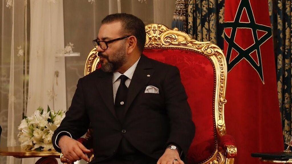 Mohamed VI tiende la mano a Argelia y 'se olvida' de España en el Discurso del Trono