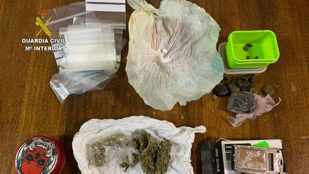 Detenido un vecino de Castellón por ocultar droga en el falso del techo de un bar