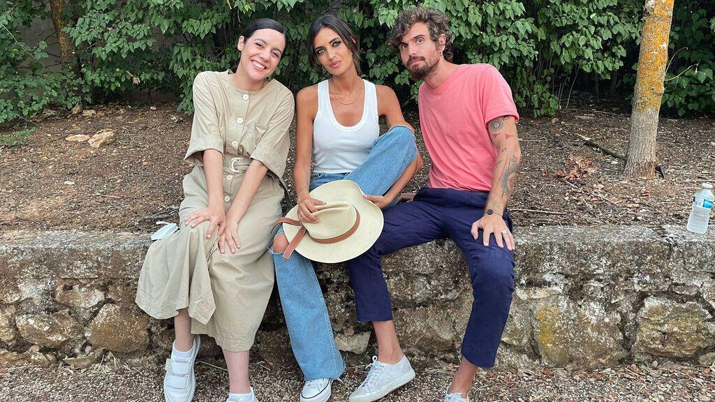 Sara Carbonero protagoniza el próximo videoclip de 'Tu otra bonita' junto a Valeria Castro