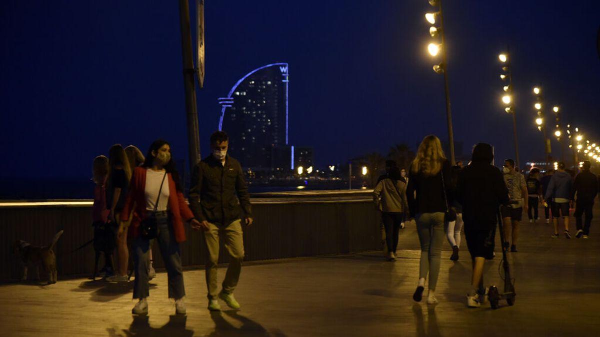 Cataluña prorrogará el toque de queda hasta el 20 de agosto para rebajar la presión sobre las UCI
