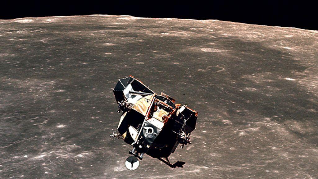 El módulo del Apolo 11 podría seguir en la órbita de la Luna