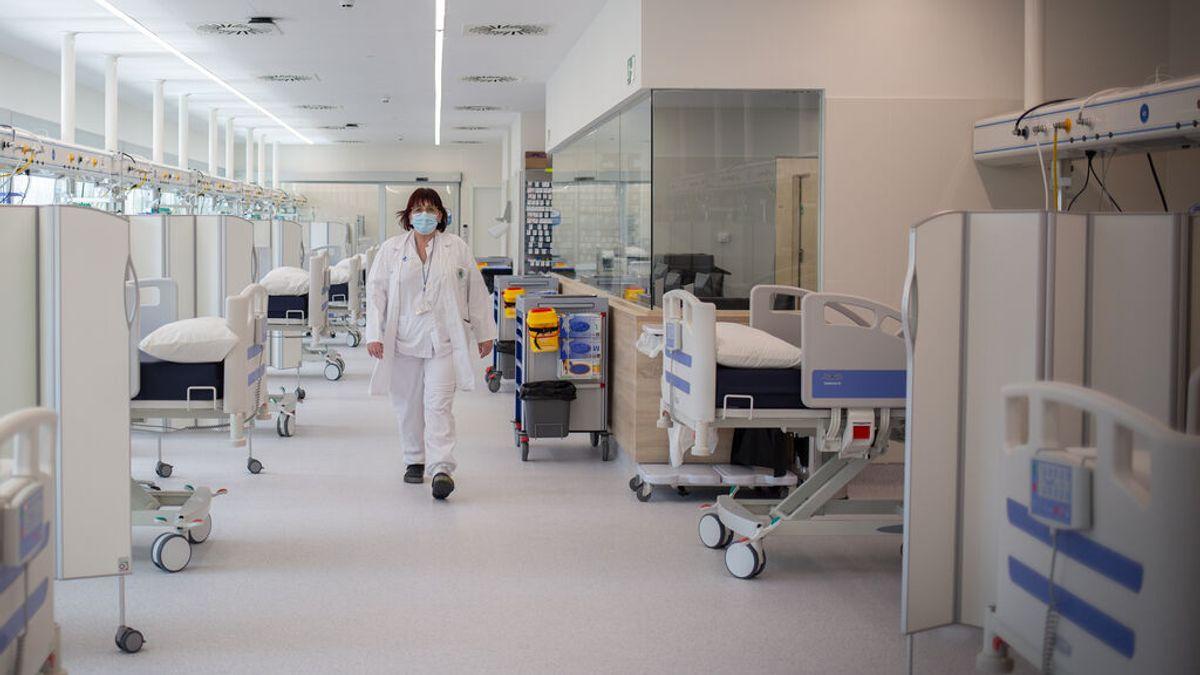 Segundo día seguido de bajada en hospitalizados por covid y la incidencia cae a 633