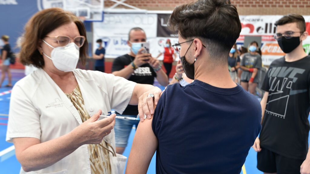Las dudas más comunes sobre la vacuna del coronavirus que aún no tenemos muy claro