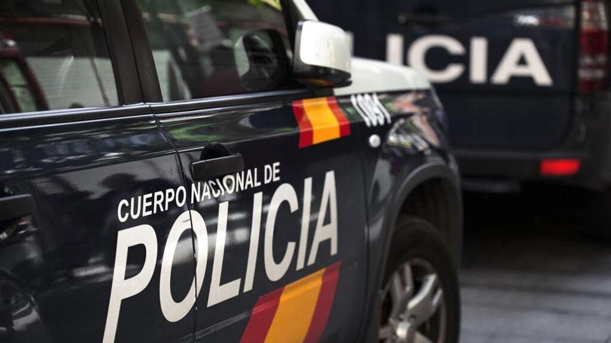 Detenido un hombre en Valencia por agredir sexualmente a su compañero de piso mientras se duchaba