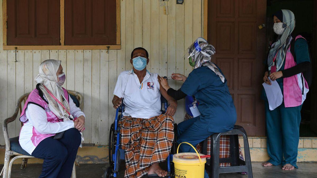 La OMS pide aplazar las terceras dosis al menos hasta finales de septiembre para no aumentar la desigualdad