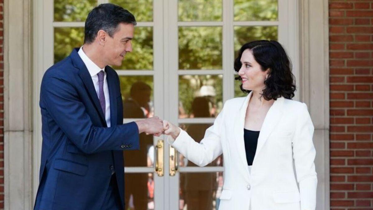 El impuesto para los ricos de Madrid: la ultima escaramuza veraniega entre Ayuso y el Gobierno de Sánchez