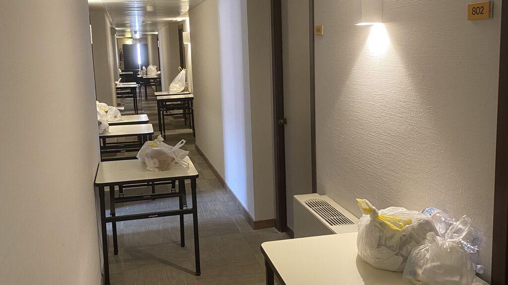 Pasillo del 'hotel COVID' de Palermo