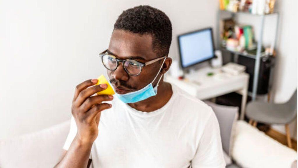La pérdida de olfato crónica post covid puede anticipar problemas neurológicos futuros