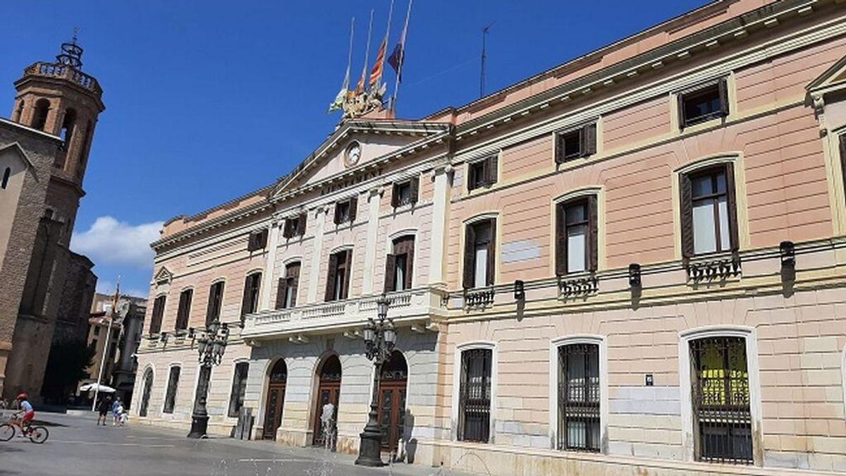 Sabadell decreta tres días de luto por la mujer encontrada muerta en un domicilio