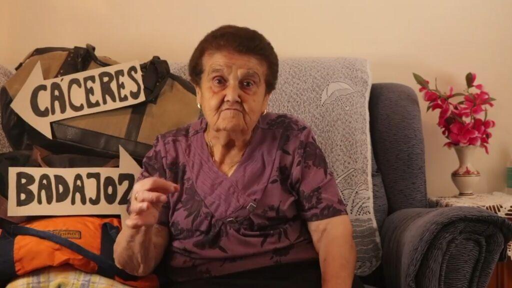 Rosario, de 89 años, explica en dos minutos la problemática de la red ferroviaria de Extremadura