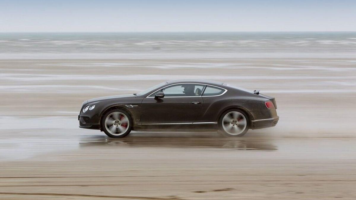 ¿Puedo circular con mi coche por la playa? Multas a las que te expones