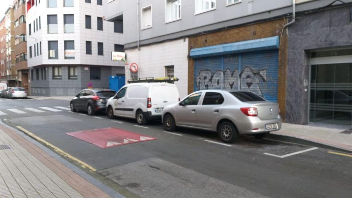 Motociclistas alertan de la proliferación del 'cojín berlinés', un obstáculo ilegal de la calzada