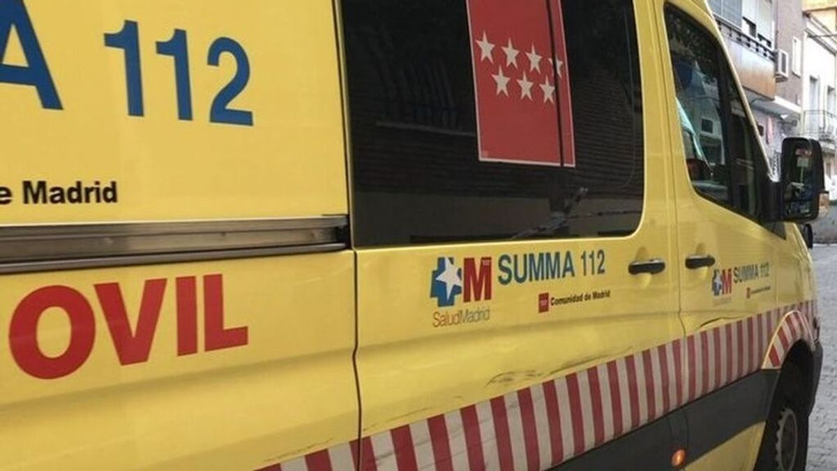 Revierten la parada cardiorespiratoria de un joven de 21 años en Madrid: lo encontraron en la piscina